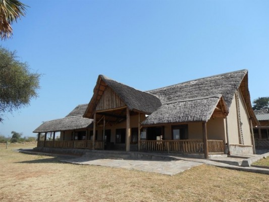 Pakuba Safari lodge